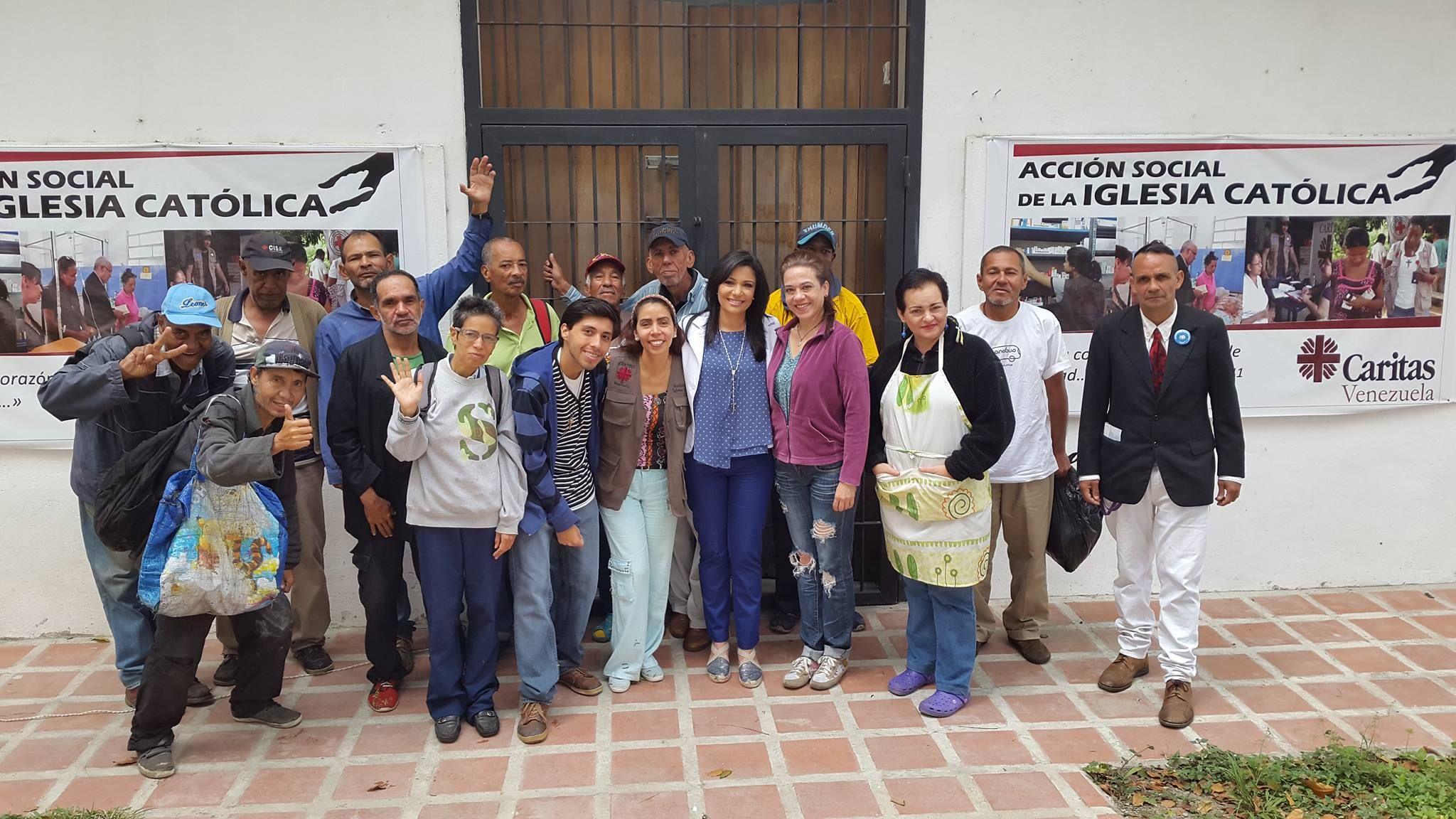 1541578049_Marinellys_en_la_Casa_de_la_Misericordiasede_de_la_Conferencia_Episcopal_Venezolana